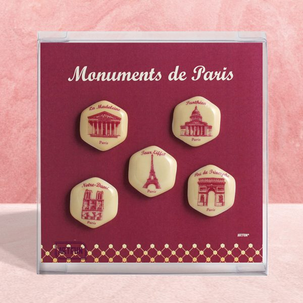 Coffret de 5 fèves de couleur rouge qui illustre 5 monuments de Paris
