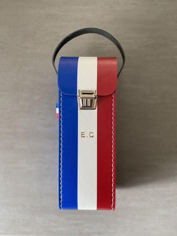 sacoche de pétanque pour triplette de couleurs bleu blanc rouge personnalisable pour le petit je ne sais quoi avec poignée en cuir